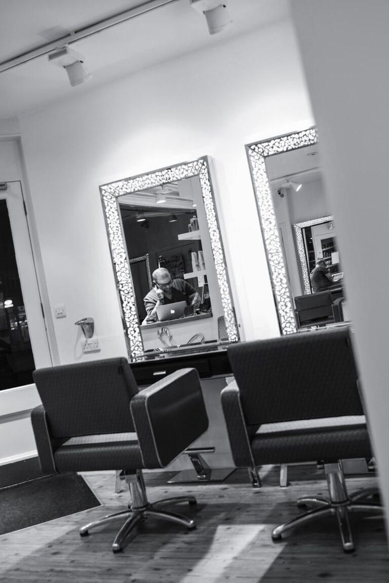 Hairdresser Kingston upon thames Inside the salon