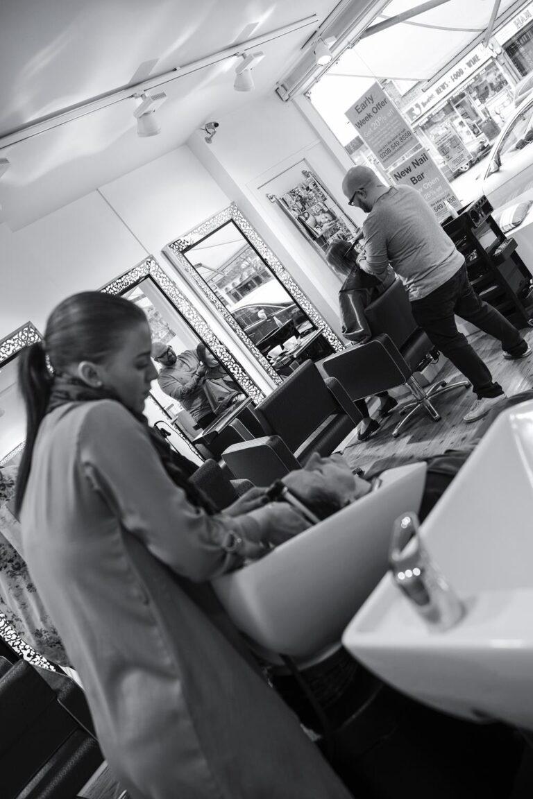 Mens Hairdressers Kingston Inside the salon